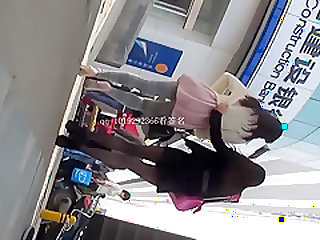 Chinese girls legs voyeur part 2