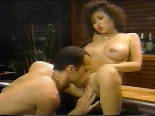 Slutty Classic Barfly Enjoys Dick