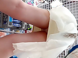 Chinese street hot girl upskirt part 4