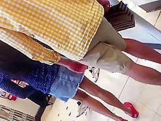 mall upskirt